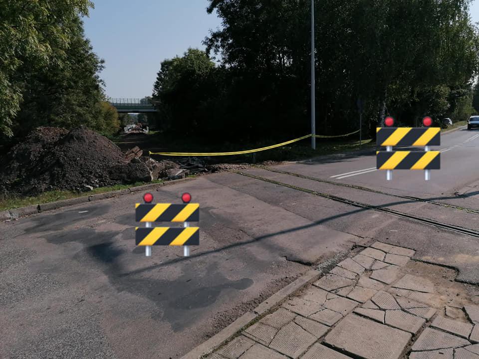 Aktualizacja: Uwaga!!! Zamknięcie przejazdu kolejowego w ciągu ul. Ks. J. E. Mocko w Skoczowie.